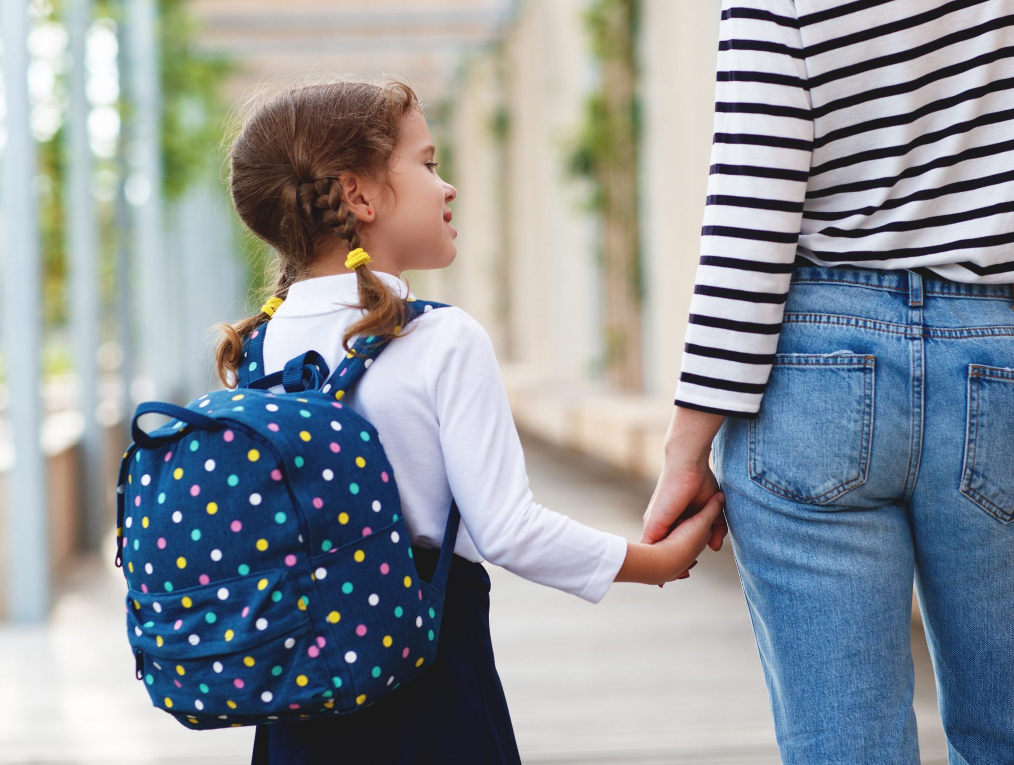 First,Day,At,School.,Mother,Leads,A,Little,Child,School
